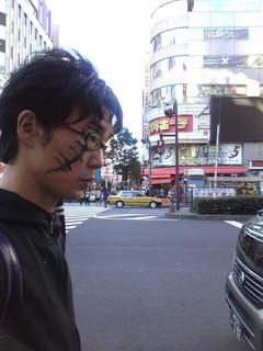 フランケン、新宿徘徊