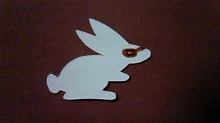 切り絵ウサギ